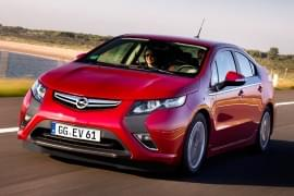 Opel Ampera de frente