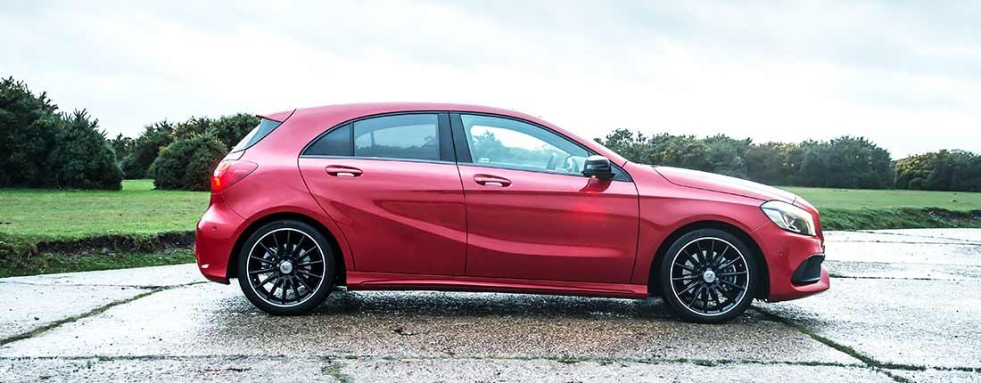 Mercedes clase a rojo